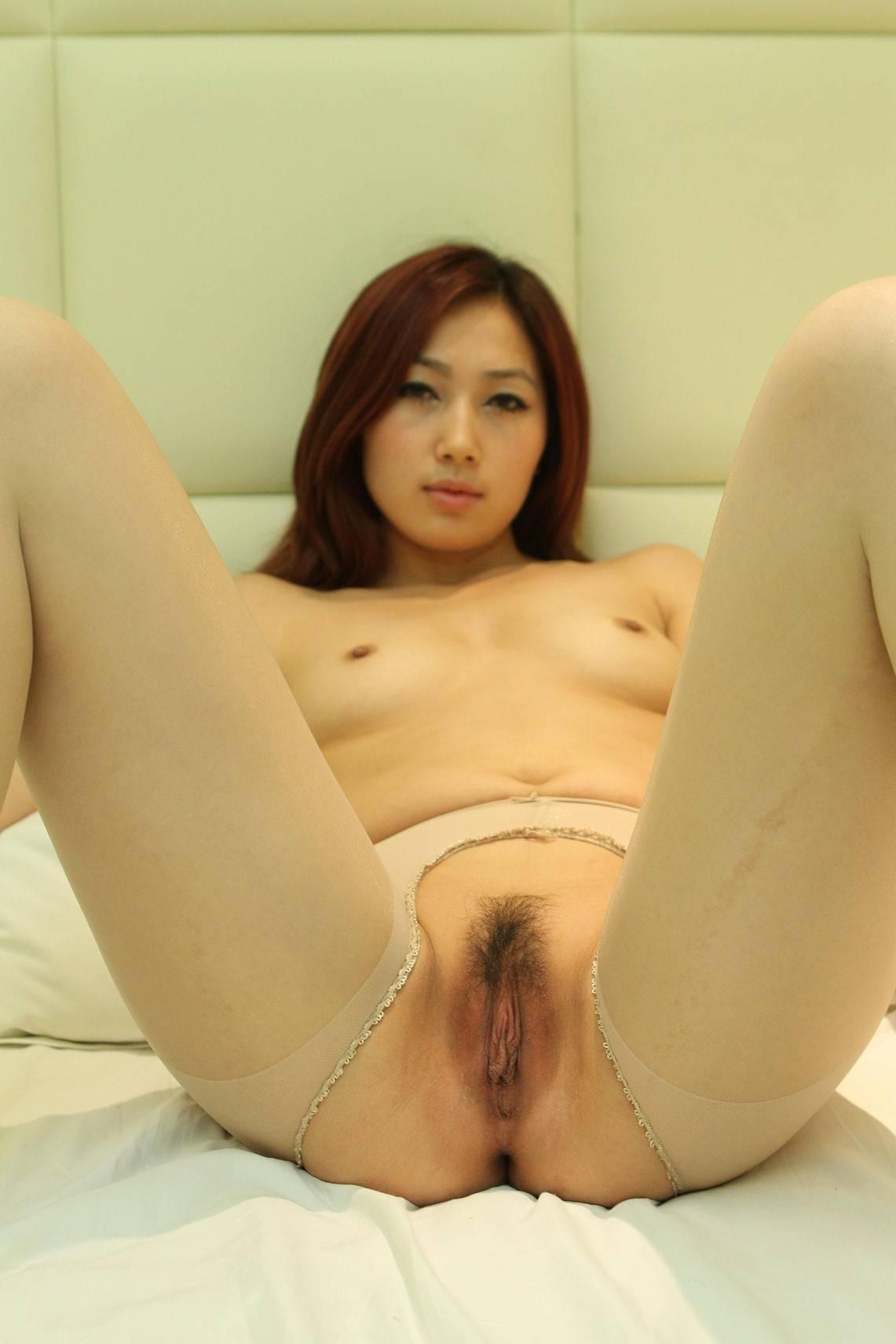 Memek lower gadis jepang masih menggunakan stocking